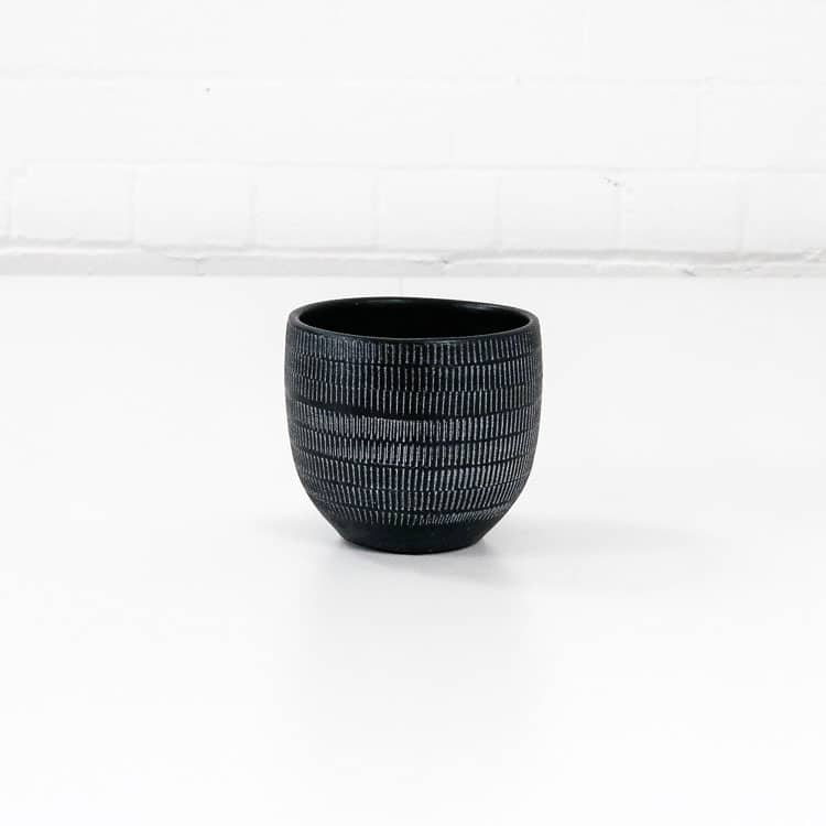 amalfi ceramic plant pot black